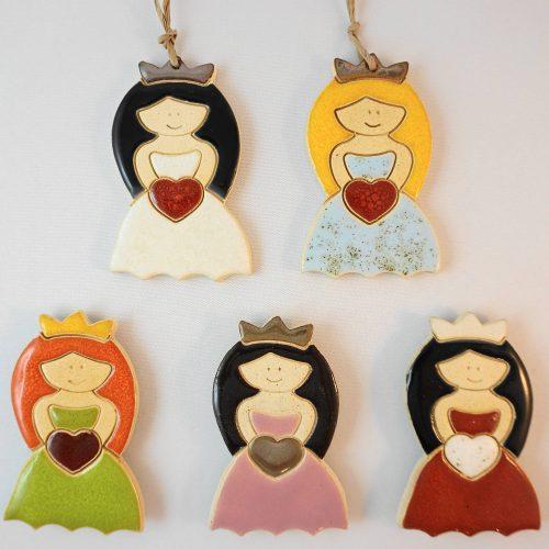 princess magnet/pendant