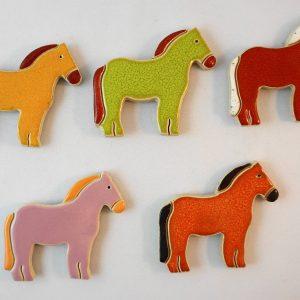 pony magnet/pendant